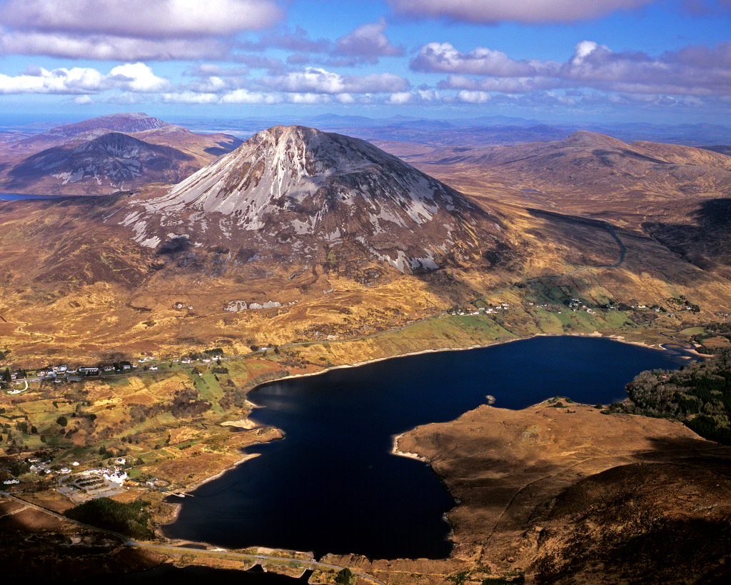 web - scenic - Mount errigal